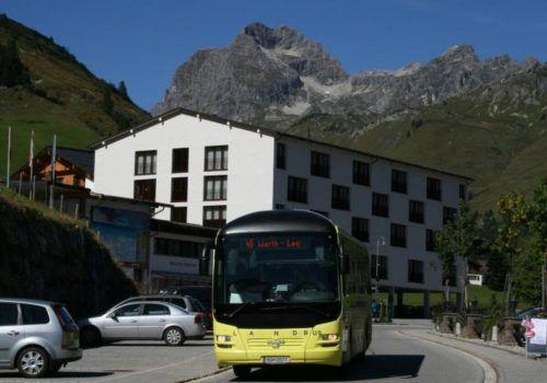 Das Hotel Steffisalp wird renoviert, die unsichere Sommersaison fällt aus.stp