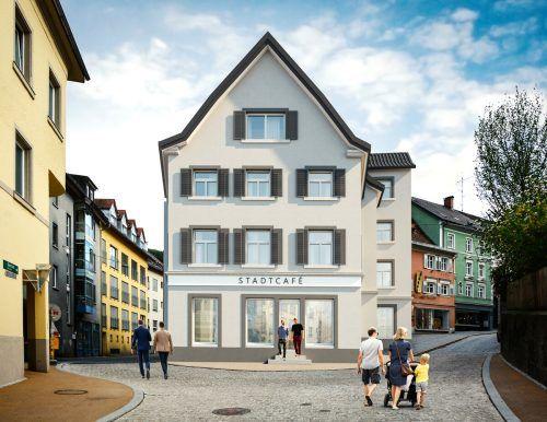 Das neue Gebäude in der Kirchstraße soll Mitte 2021 fertig sein. Unten ist ein Lokal vorgesehen, darüber entstehen Wohnungen. Kmenta & Partner