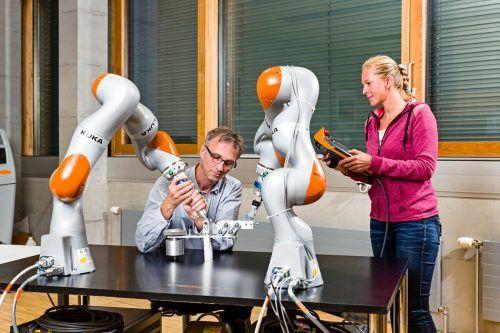 Der Ausbau der Forschungsstrukturen im Land (z.B. durch die Digital Factory) hilft dabei, den Technologiebedarf der Unternehmen besser zu decken. FHV
