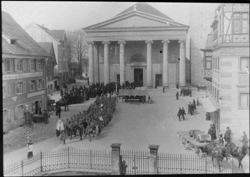 Der Dornbirner Marktplatz 1915: Die Dornbirner Schriften beschäftigen sich mit der Messestadt in der Epoche des Ersten Weltkriegs.