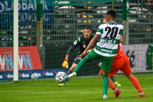 Der eingewechselte Wallace brachte noch einmal Schwung ins Austria-Spiel.gepa