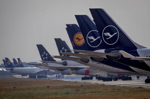 Die Coronakrise zwang den Luftverkehr dazu, am Boden zu bleiben. AP
