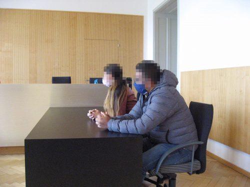 Die Eheleute wurden beide zu vier Monaten Haft auf Bewährung und 960 Euro unbedingter Geldstrafe verurteilteckert