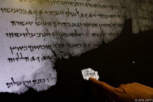 Die ersten Rollen wurden in einer Höhle am Toten Meer gefunden. APA
