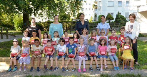 Die Kinder des Kindergartens Mittebrunnen freuten sich über die Pakete. STD