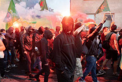 Die Kundgebung im zehnten Bezirk sei an sich ruhig verlaufen, bevor Ultranationalisten diese angegriffen haben.APA