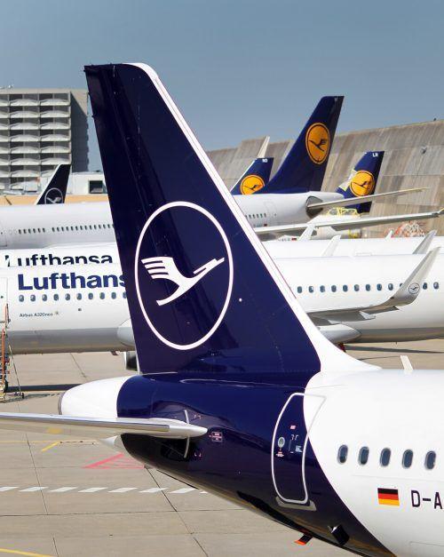 Die Lufthansa kann mit deutscher Staatshilfe weiterfliegen.AFP