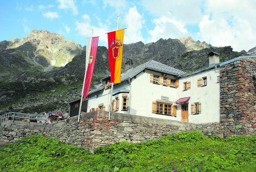 Die Tübinger Hütte des DAV ist ein beliebtes Wanderziel im Silvrettagebiet.
