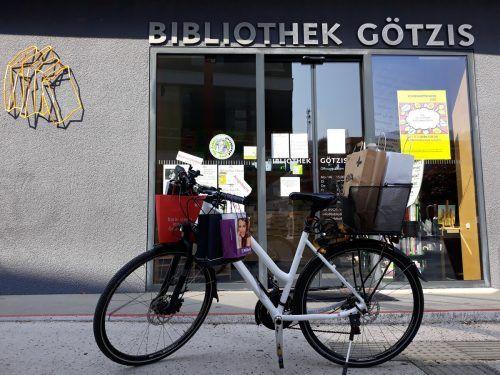 Einen umweltfreundlichen Bücher-Lieferservice per Fahrrad gab es in den vergangenen Wochen. Mäser