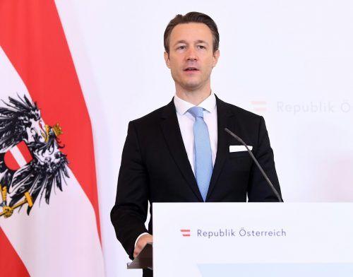Finanzminister Blümel wird heuer ein hohes Defizit verbuchen müssen.APA