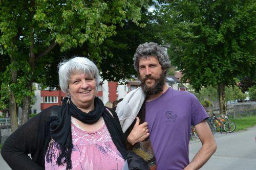 Gerlinde File und Sohn Stefan ließen sich die Präsentation nicht entgehen.