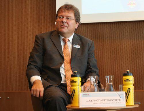 Gernot Mittendorfer, amtierender Präsident des Eishockeyverbandes, bekommt bei der Generalversammlung mit Klaus Hartmann einen Gegenspieler.gepa