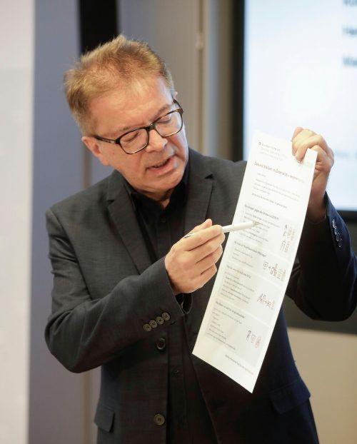 Gesundheitsminister Anschober spendete sein Gehalt an das St. Anna Kinderspital.APA