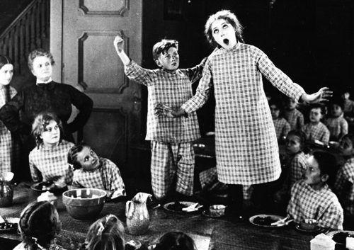 """Gezeigt wird unter anderem der US-amerikanische Film """"Daddy-Long-Legs"""" (1919)."""