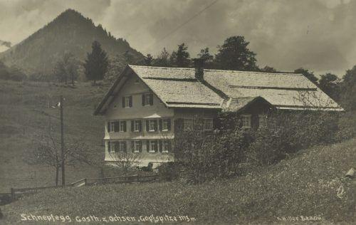 Im Gasthaus Ochsen auf der Schnepfegg fand am 5. und 12. April 1898 die Konkursversteigerung des verstorbenen Ochsenwirts Johann Georg Kleber statt.