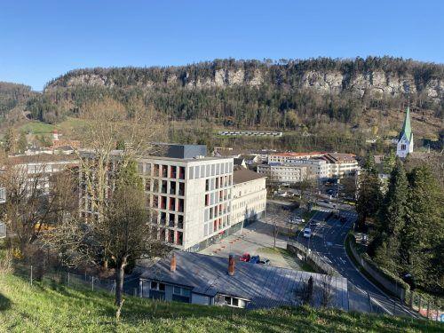 Im Saal der AK Vorarlberg in Feldkirch informierte das BFI über das Studienangebot. VN/Schweigkofler