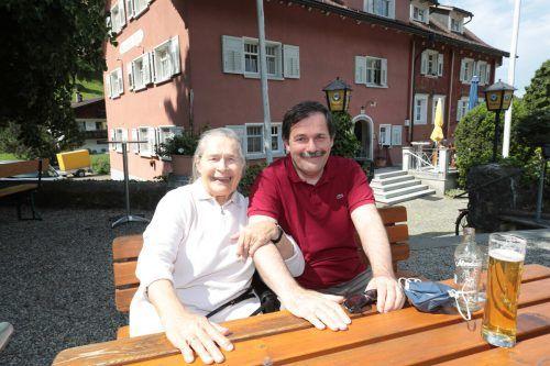Karlheinz Kindler war mit seiner Mutter gekommen.