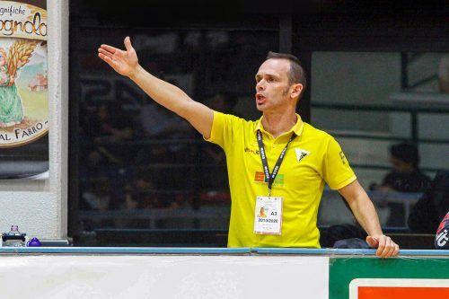 Trainer Francesco Dolce sieht trotz positiver Ansätze noch Verbesserungsbedarf bei seiner Mannschaft.RHC