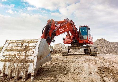 Neben dem Angebot von Huppenkothen sind nun auch Kuhn Baumaschinen,Kleinheider BaumaschinenhandelsowieHumer Anhänger Partner der Mietplattform. FA