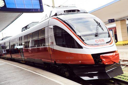 Neu lackiert und auch sonst auf Vordermann gebracht, taucht der Cityjet demnächst in achtfacher Ausführung auf den Schienen Vorarlbergs auf.öbb/knopp
