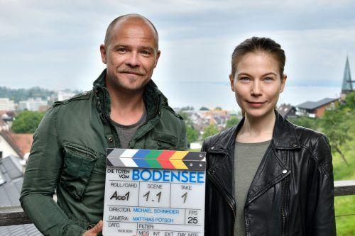 """Nora Waldstätten und Matthias Köberlin stehen nach coronabedingter Pause wieder für zwei neue Filme der Krimireihe """"Die Toten vom Bodensee"""" vor der Kamera.ORF/ZDF"""
