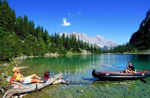 Österreichs Badeseen liegen bei der Wasserqualität im EU-Ranking auf Platz zwei. Ebenfalls erstklassige Wasserqualität: der Bodensee. VN/Paulitsch