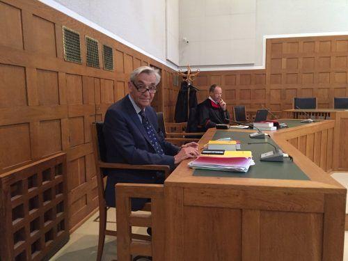 """Rechtsanwalt Bertram Grass sah kein """"schweres kriminelles Potenzial""""."""