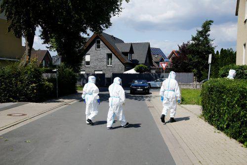 Über 1500 Mitarbeiter eines Schlachthofs des Fleischverarbeiters Tönnies haben sich mit dem Virus infiziert. reuters