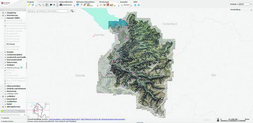 Vorarlberg Atlas Der Vorarlberg Atlas gibt auf viele Fragen Antworten und Auskunft, z. B. über: Welche Grundstücksnummer hat die Adresse? Welche Widmung hat die Liegenschaft? Wie sonnenreich ist die Lage? Wo verlaufen die Grundstücksgrenzen? Welche Größe hat die Liegenschaft? u. v. m.