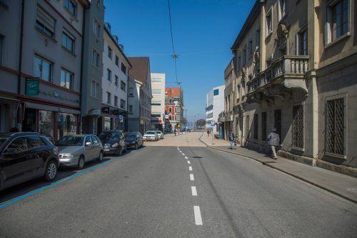 Wenn es nach den Grünen geht, soll künftig auch die Rathausstraße zur Fußgängerzone erklärt werden. VN/Paulitsch