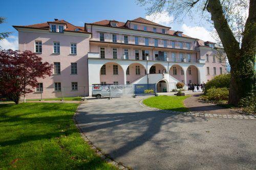 Das ehemalige Sanatorium Mehrerau wurde zum Hospiz am See umgebaut und somit einem würdigen Zweck zugeführt.vn/hartinger