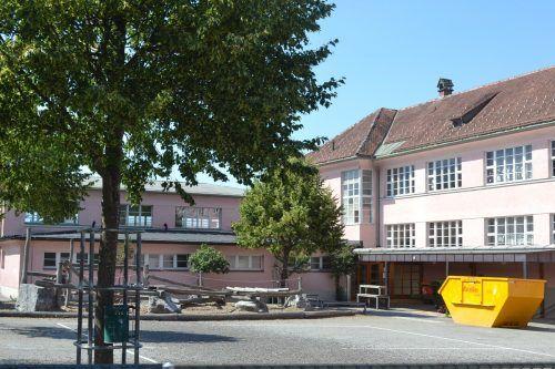 Der Umbau der Volksschule Nenzing startet bereits Anfang Juli.