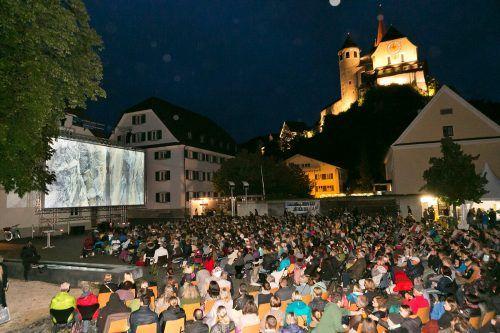 Der Rankweiler Marktplatz wird bis zum 28. August wieder zum Open-Air-Kinosaal. Mathis