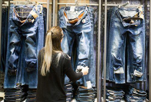 Eine Chance für die europäischen Textiler sehen Experten dann, wenn es gelingt, eine Abkehr vom schnellen Konsum und dem Fast-Fashion-Paradigma zu erzielen.