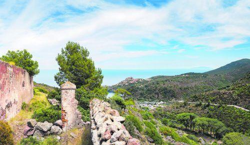 Elba eignet sich auch hervorragend für ausgedehnte Wanderungen und gemütliche Radausflüge.