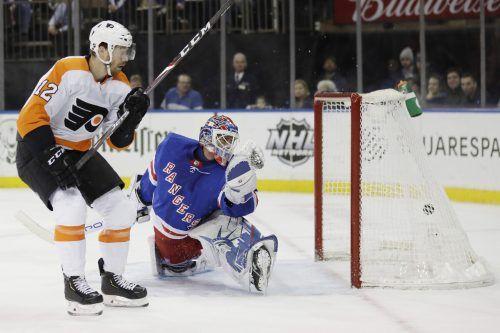 Michael Raffl (l.) glaubt, dass seine Philadelphia Flyers ein Wörtchen um den Stanley Cup mitreden können.ap