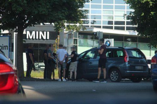 Nach umfangreichen Ermittlungen der Polizei schnappte die Falle für die beiden gesuchten Verdächtigen in Dornbirn zu.vol.at/Pletsch
