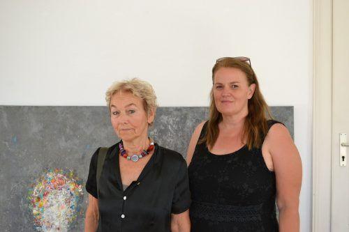 Unter anderem zeigen Renate Ludescher-Krapez und Bettina Bohne ihre Werke.