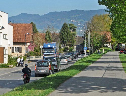 Die Baumaßnahmen an der Brugger Straße in Höchst sollen noch im Herbst beginnen.ajk