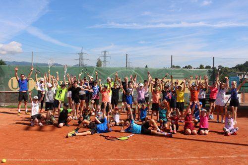 43 Kinder hatten eine ganze Woche Spaß beim Happy Tennis Camp in Koblach. Gemeinde