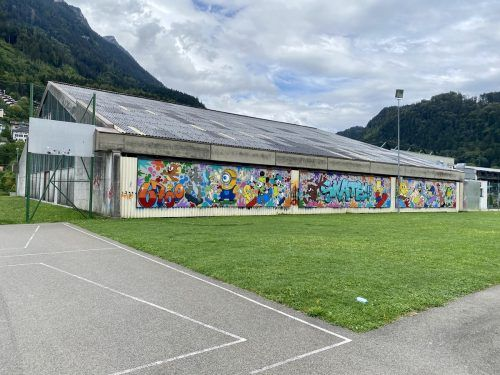44 Jahre nach ihrer Errichtung ist die Tennishalle in Bludenz stark sanierungsbedürftig. Zudem soll das Tennisareal mit einer Traglufthalle ergänzt werden.BI