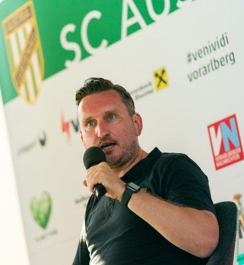 Alexander Kiene ist trotz seiner erst 42 Jahre schon lange als Trainer im Fußballgeschäft. Austria Lustenau ist seine achte Station als Coach.Stiplovsek
