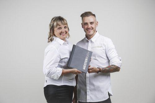 Anette Röschitz und Jens Schönegge haben die anspruchsvolle Ausbildung zum Küchenmeister, die deutlich aufgewertet wurde, mit Erfolg abgeschlossen. FA