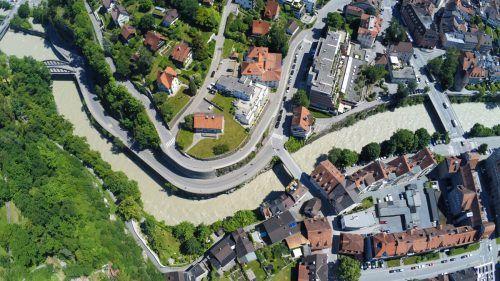 """Das Projekt """"Hochwasserschutz Feldkirch"""" beinhaltet die Aufweitung der Kapfschucht und die Neuerrichtung der Montfortbrücke.VN/Lerch"""