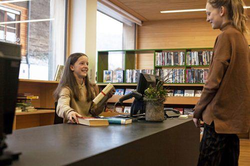 """""""Bei aha plus haben Jugendliche Spaß und eine Beschäftigung mit Sinn"""", sagt Projektleiterin Barbara Österle.Mitmachen können aha-Card-Besitzer zwischen zwölf und 24 Jahren. aha"""