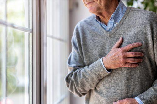 Bei einem Herzinfarkt ist zwar die Diagnose schnell klar, die Ursache kann zuweilen jedoch Rätsel aufgeben. adobestock