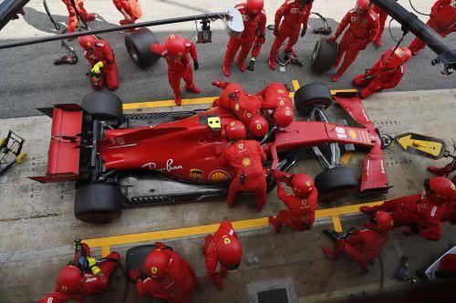 Bei Ferrari denkt man vor dem großen Jubiläum zum 1000. Grand Prix mehr übers Reparieren als übers Feiern nach.ap
