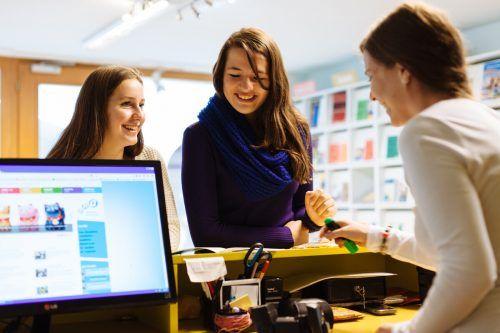 Beim aha Bludenz stehen seit jeher die Jugendlichen im Mittelpunkt. Die Geschäftsstelle in der Bludenzer Mühlgasse ist eine wichtige Einrichtung in der Region.AHA