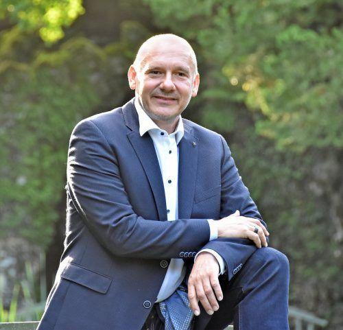 Bürgermeister Halder stellt sich der Direktwahl in Kennelbach.ajk