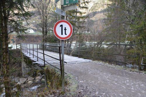 Das Geld wird in die Erneuerung der Aubrücke über die Alfenz investiert. Momentan ist die Brückenbelastung aus Sicherheitsgründen beschränkt. doris burtscher